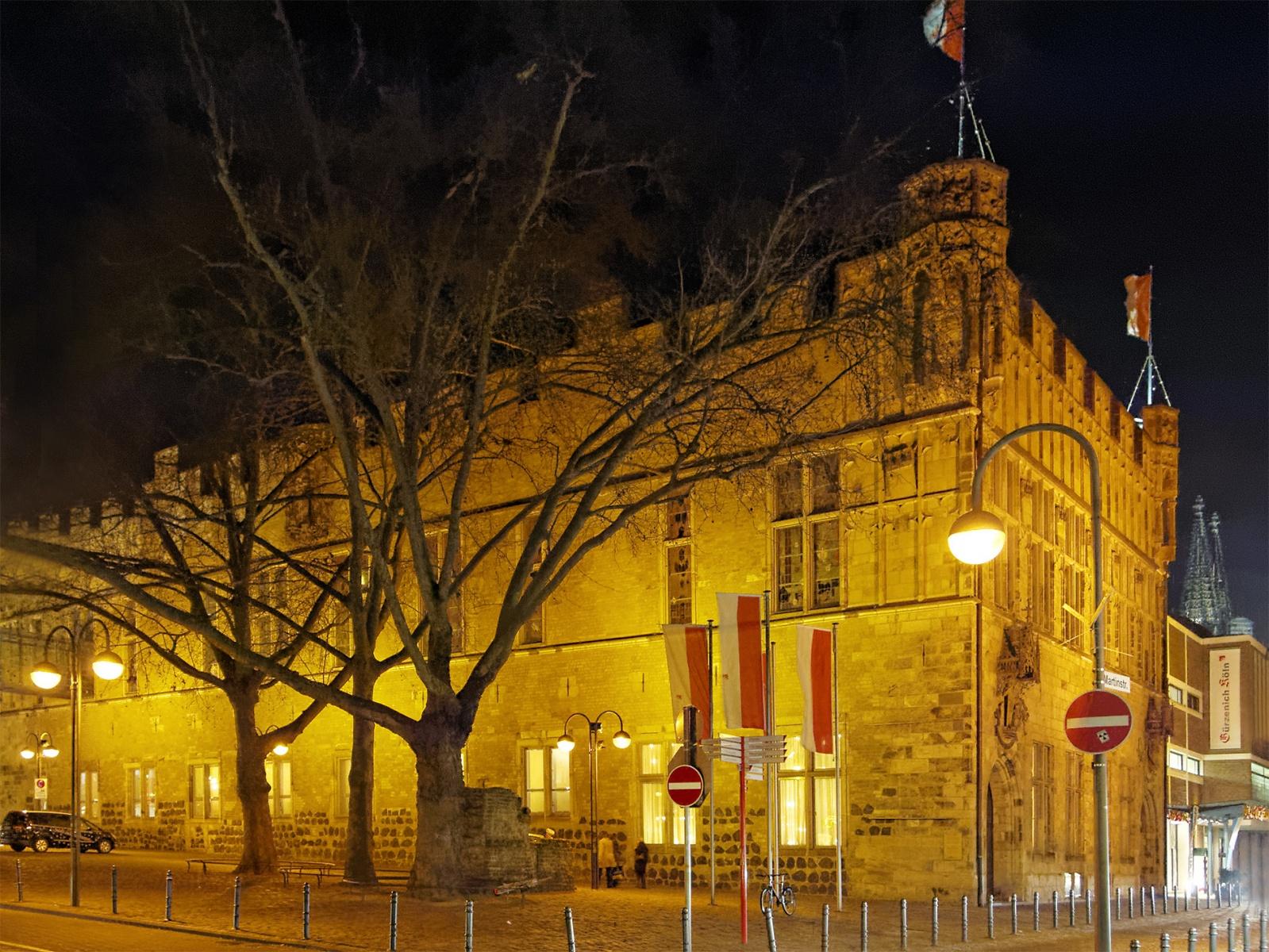 Der Gürzenich bei Nacht, Bild: pedelecs