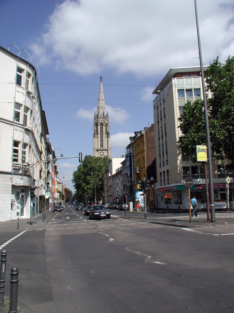 Blick in Richtung Roonstraße, Bild: Horsch, Willy - HOWI [CC BY (https://creativecommons.org/licenses/by/3.0)]